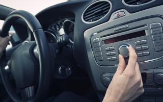 Как слушать музыку через usb в машине