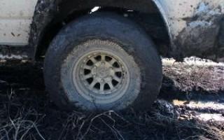 Как вытянуть машину из грязи одному