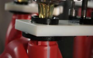 Моторное масло из чего делают