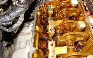Почему стучит двигатель на горячую