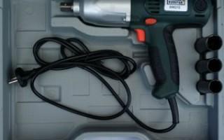 Ударный гайковерт электрический для замены колес